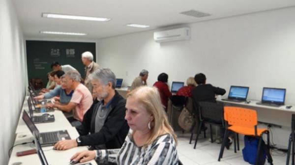 Projeto de crowdfunding da ISGame vai ensinar idosos de instituição a criar games