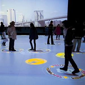 Exposição Epidemik, em São Paulo (SP), simula epidemia com auxílio de jogo
